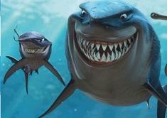 Puzzle cu Rechinii din Nemo