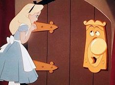Alice si Usa Fermecata Puzzle