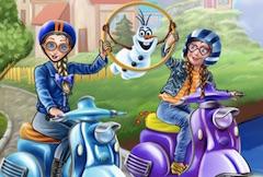 Anna si Elsa cu Scuterul