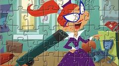 Domnisoara Moon Puzzle cu Personaje
