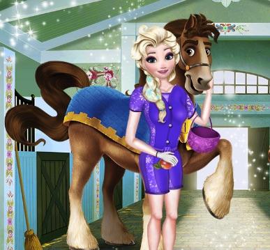 Elsa la Concurs de Echitatie