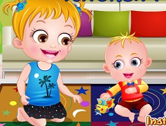 Fetita Hazel Distractie in Bucatarie