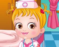 Fetita Hazel Doctorita de Imbracat
