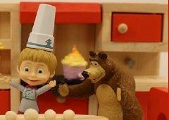 Gatit si Mancat cu Masha si Ursul