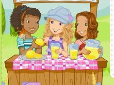 Holly Hobbie si Standul cu Limonada