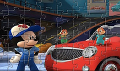 Mickey Mouse si Roadster Racers