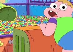 Puzzle cu Clarence la Joaca
