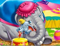 Puzzle cu Dumbo si Mamica lui