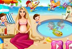 Rapunzel Insarcinata pe Plaja