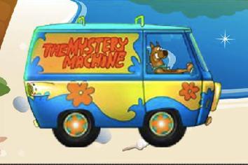Scooby Doo cu Masina