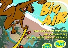 Scooby Doo pe Skateboard