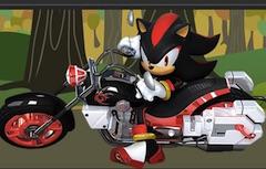 Shadow cu Motocicleta