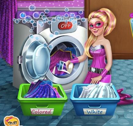 Super Barbie Spala Pelerinele