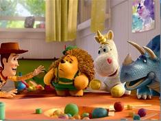 Woody si Prietenii Puzzle